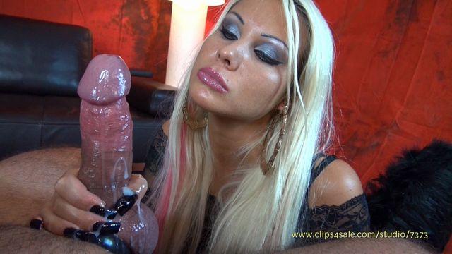 Clips4sale_-_K_Klixen_Productions_presents_K_Daniela_in_The_Evil_Angel_-_Part_B.wmv.00002.jpg