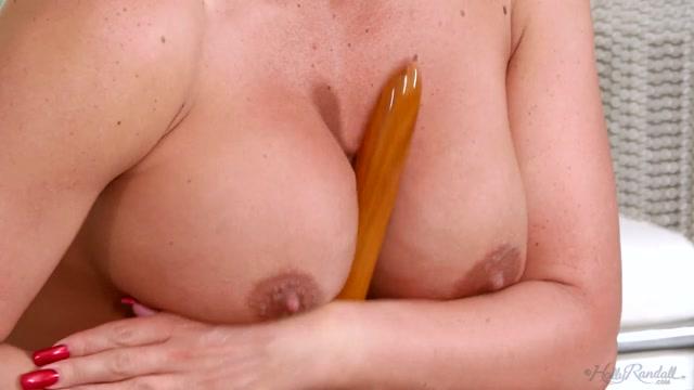 Watch Online Porn – Hollyrandall presents Phoenix Marie in Glamazon – 06.06.2017 (MP4, FullHD, 1920×1080)