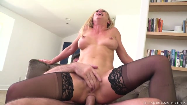 Watch Online Porn – Julesjordan presents Cherie DeVille (MP4, SD, 960×540)