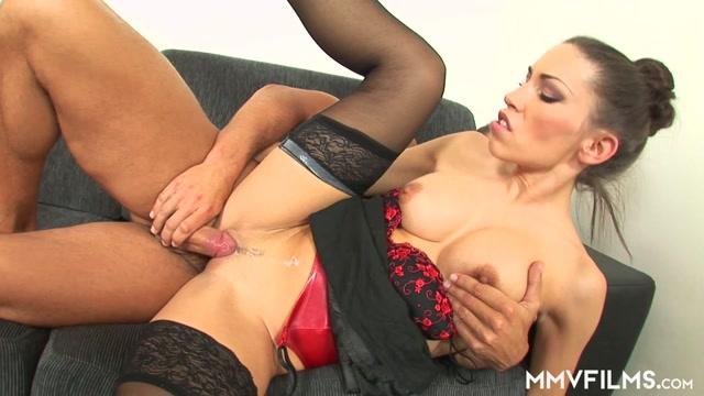 Watch Online Porn – Mmvfilms presents Valentina in Anal Office Fun (MP4, FullHD, 1920×1080)