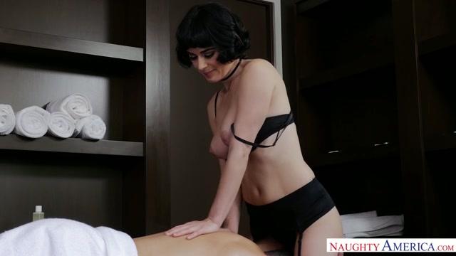 Watch Online Porn – NaughtyAmerica – MyDadsHotGirlfriend presents Porn stars: Olive Glass , Damon Dice 22887 – 22.06.2017 (MP4, SD, 640×360)