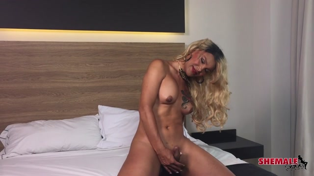 Shemale.xxx_presents_Alissandra_Dupper_in_Alissandra_Stunning_Cock_Play__-_30.06.2017.mp4.00010.jpg