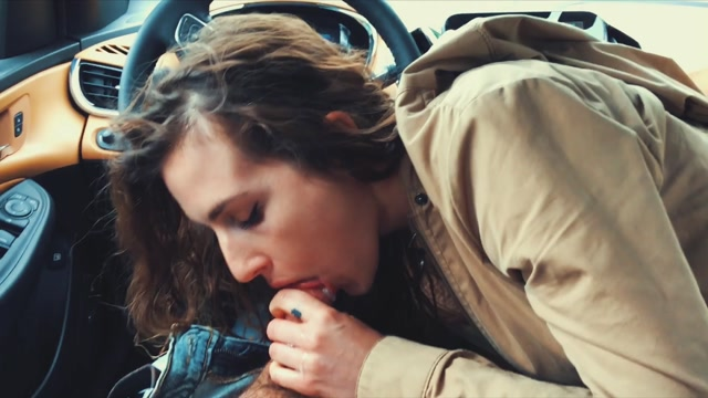 TheArtofBlowjob_presents_Piper_Blush_in_Quickie_BJ_in_the_car_.mp4.00003.jpg