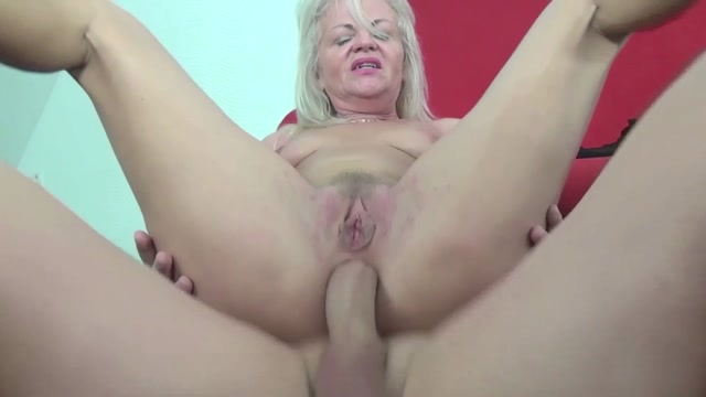 Watch Online Porn – Tuttifrutti presents Anita (MP4, HD, 1280×720)