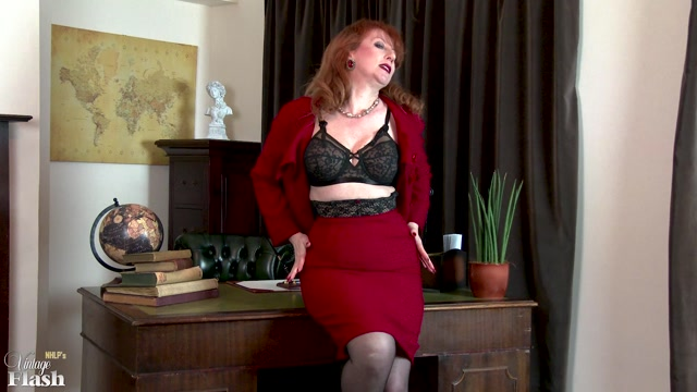 Watch Online Porn – VintageFlash presents Red in Vote Nylons Party – 06.06.2017 (MP4, FullHD, 1920×1080)
