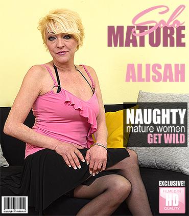 1_Mature.nl_presents_Alisah__42__in_horny_housewife_fingering_herself_-_19.07.2017.jpg