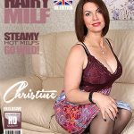 Mature.nl presents Christine O. (EU) (48) in British hairy MILF playing with herself – 27.07.2017