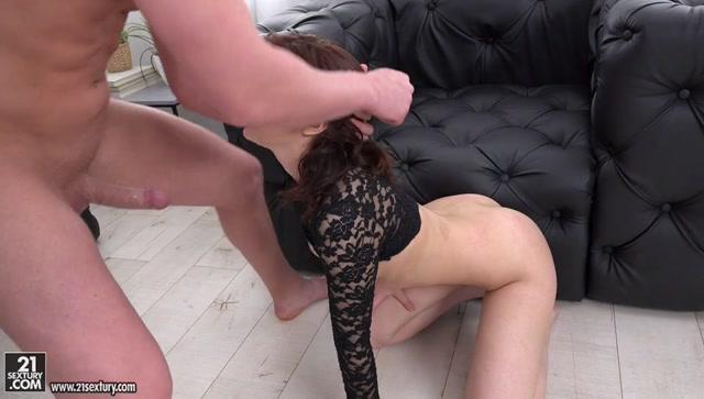 Watch Online Porn – 21Sextury – Gapeland presents Angelin Joy in Stretch My Butt Hole – 11.07.2017 (MP4, SD, 960×544)