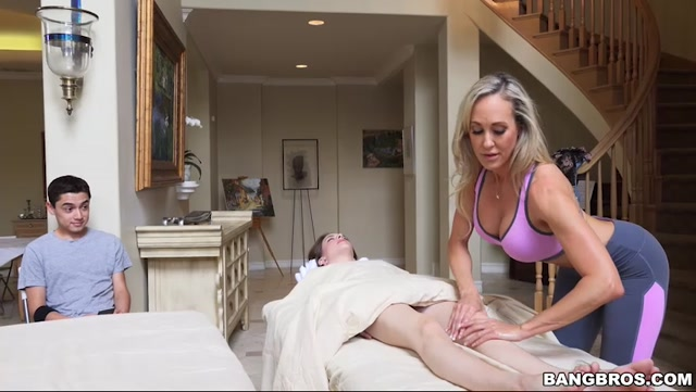 Watch Online Porn – BangBros – BangBrosClips presents Brandi Love in Brandis Happy Ending – 22.07.2017 (MP4, SD, 852×480)
