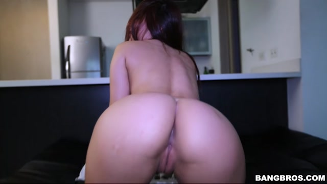 Watch Online Porn – BangBros – ColombiaFuckFest presents Melissa Chacon in 18 Year Old Excited About Doing Porn – 04.07.2017 (MP4, SD, 852×480)
