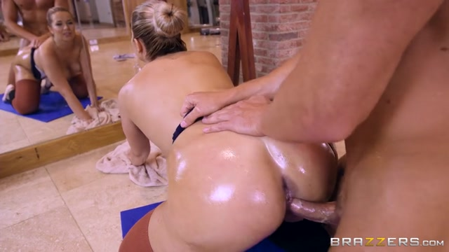 Brazzers_-_BigWetButts_presents_Nikky_Dream_in_Ballerina_Booty_-_20.07.2017.mp4.00009.jpg