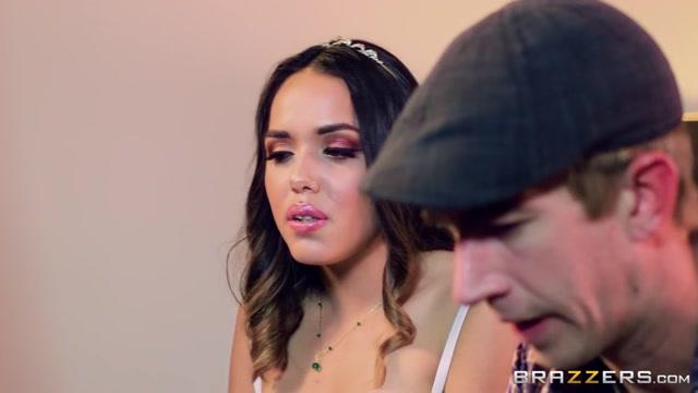 Watch Online Porn – Brazzers – TeensLikeItBig presents Esperanza Del Horno in Naughty Little Debutante – 09.07.2017 (MP4, SD, 854×480)