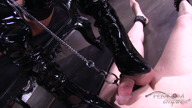FemdomEmpire_presents_Chloe_Amour_in_Glossy_Boots_-_27.07.2017.mp4.00004.jpg