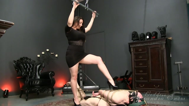Watch Online Porn – Goddess Alexandra Snow in Extreme Hogtie (MP4, FullHD, 1920×1080)