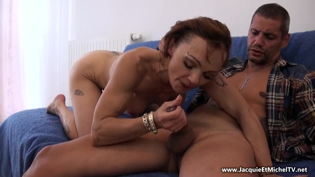 Watch Online Porn – Jacquieetmicheltv presents Malicia, 38ans, coach sportive ! – 25.07.2017 (MP4, SD, 640×360)
