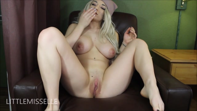 ManyVids_Webcams_Video_presents_Girl_LittleMissElle_in_JOE_for_vagina_having_people.mp4.00007.jpg