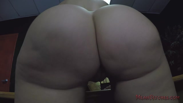 MeanWorld_-_SlaveOrders_-_Glenn_Kings_POV_presents_Savana_Styles.mp4.00003.jpg