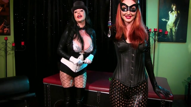 Mesmerized_by_Catwoman_and_Zatanna.mp4.00001.jpg