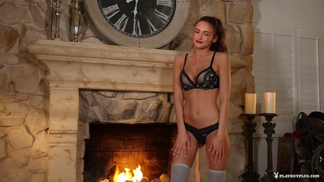 Watch Online Porn – PlayboyPlus presents Deanna Greene in Thigh High – 18.07.2017 (MP4, FullHD, 1920×1080)