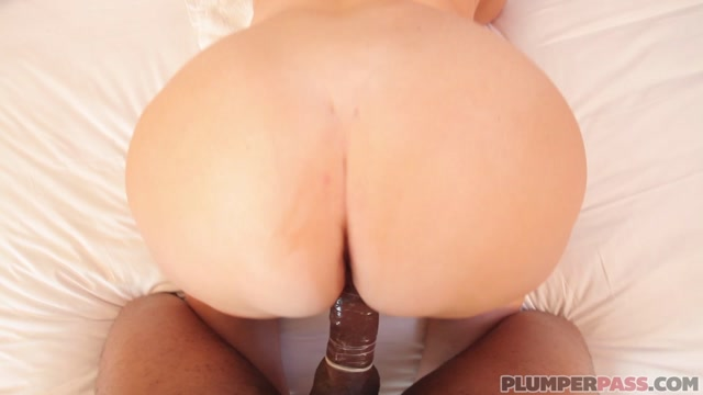 Watch Online Porn – PlumperPass presents Samantha 38G in Black Beef Injection – 26.07.2017 (MP4, FullHD, 1920×1080)