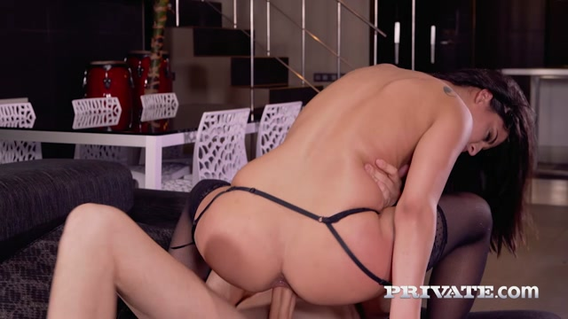 Watch Online Porn – Private presents Coco de Mal enjoys anal sex – 03.07.2017 (MP4, HD, 1280×720)