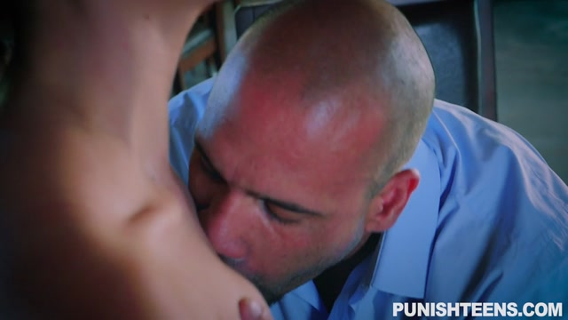 Watch Online Porn – PunishTeens presents Alex Moore aka Alex More in The Mysterious Package – 03.07.2017 (MP4, SD, 960×540)