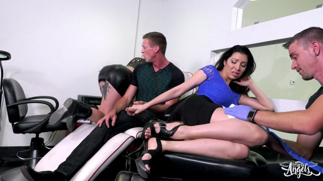 TransAngels_presents_Lena_Kelly_in_Pursued__Screwed__and_Tattooed_-_17.07.2017.MP4.00002.jpg