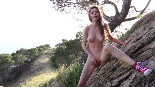 Watch Online Porn – Watch4Beauty presents Milla in Queen Of The Mountain – 30.06.2017 (MP4, FullHD, 1920×1080)
