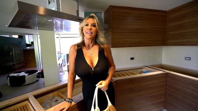 Watch Online Porn – WifeysWorld presents Sandra Otterson in Kates New Kitchen – 27.06.2017 (MP4, HD, 1280×720)