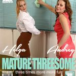 Mature.nl presents Audrey (37), Helga (36) in Bisexual housewives share a hard cock – 28.08.2017