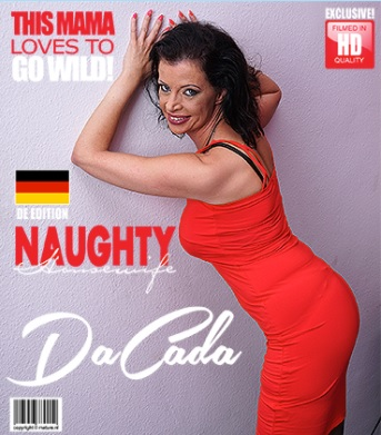 1_Mature.nl_presents_DaCada__42__in_hot_housewife_fingering_herself_-_08.08.2017.jpg