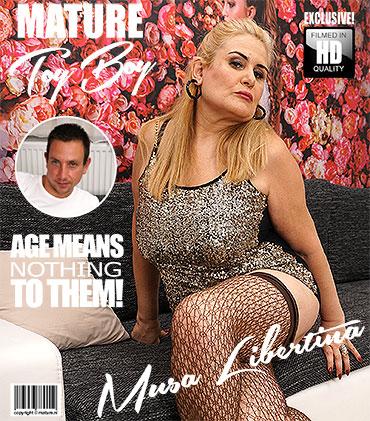 1_Mature.nl_presents_Musa_Libertina__EU___52__in_big_breasted_lady_doing_her_toyboy_-_02.08.2017.jpg