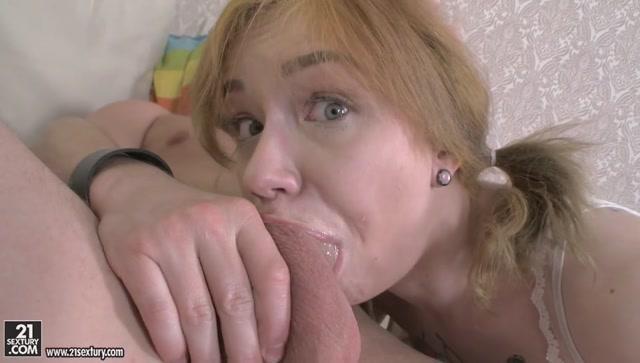 Watch Online Porn – 21Sextury – AnalTeenAngels presents Kira Roller in Kiras Naughty Anal Pleasures – 01.08.2017 (MP4, SD, 960×544)