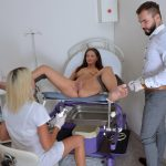 Gyno-X presents Laura Noiret in 22 years girl gyno exam – 19.08.2017