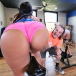 BangBros – AssParade presents Rose Monroe in Roses Sexercise – 21.08.2017