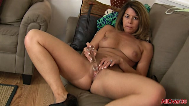 Watch Free Porno Online – Allover30 presents Niki 40 years old Ladies with Toys – 05.08.2017 (MP4, FullHD, 1920×1080)