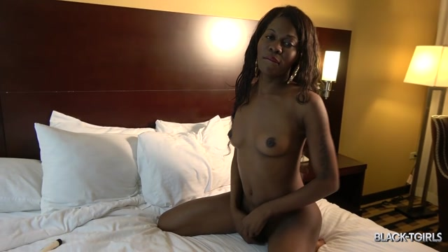 Watch Online Porn – Black-tgirls presents Horny Coco Cums For You! – 12.08.2017 (MP4, HD, 1280×720)