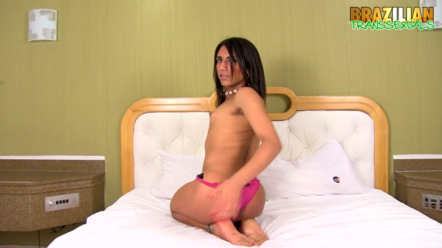 Brazilian-transsexuals_presents_Alice_Sereia_-_29.08.2017.mp4.00003.jpg