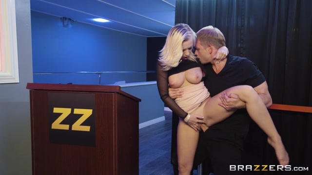 Watch Online Porn – Brazzers – BabyGotBoobs presents Bailey Brooke in Bounce Her – 03.08.2017 (MP4, SD, 854×480)