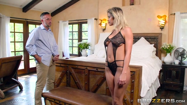 Watch Free Porno Online – Brazzers – BrazzersExxtra presents Jessa Rhodes in In The Lap Of Luxury – 01.08.2017 (MP4, SD, 854×480)