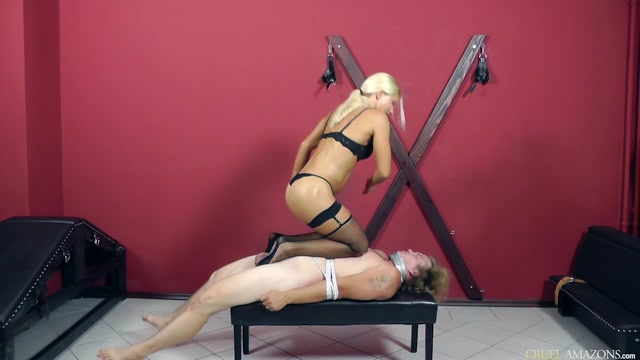 Watch Online Porn – CRUEL MISTRESSES presents Mistress Zita in Comfortable position (MP4, HD, 1280×720)