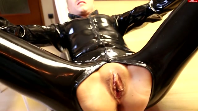 Watch Online Porn – MyDirtyHobby presents Daynia in Latexbitch – Abgefickt und vollgespritzt – LATEX BITCH! Fucked and cum whore! (MP4, FullHD, 1920×1080)
