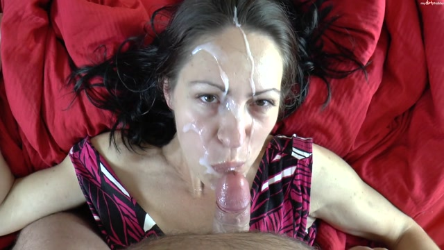MyDirtyHobby_presents_ice-cute_in_Eine_wuchtige_Spermaladung.mp4.00013.jpg