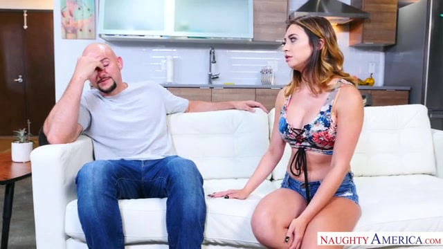 NaughtyAmerica_-_MyFriendsHotGirl_presents_Quinn_Wilde_23129_-_22.08.2017.mp4.00000.jpg