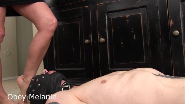 Watch Online Porn – Obey Melanie in Walk on Balls (MP4, FullHD, 1920×1080)