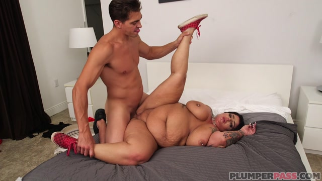 Watch Online Porn – PlumperPass presents Erika Xstacy in To Catch A Cougar – 18.08.2017 (MP4, FullHD, 1920×1080)