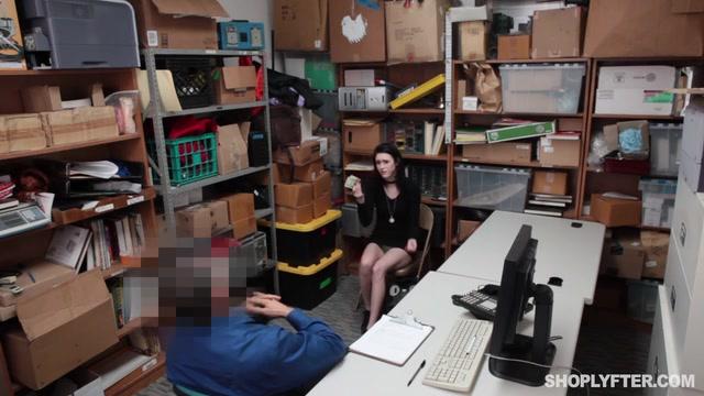 Watch Online Porn – Shoplyfter presents Ivy Aura in Case No. 4075731 (MP4, SD, 640×360)