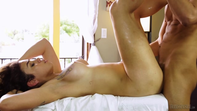 Transsensual_presents_TS_Massage__03_-_Gabriel_Dalessandro_and_Tori_Mayes.mp4.00010.jpg