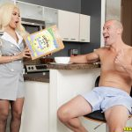 RealityKings – MonsterCurves presents Luna Star in Breakfast With Boobies – 15.08.2017