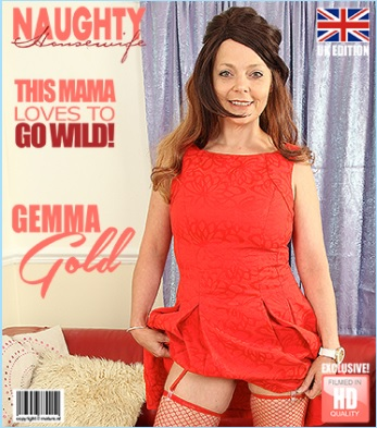 1_Mature.nl_presents_Gemma_Gold__EU___42__in_British_Gemma_Gold_playing_with_herself_-_06.09.2017.jpg